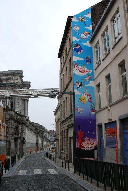 Les parcours BD de Bruxelles, Laeken et Anvers - Page 3 Pm235810