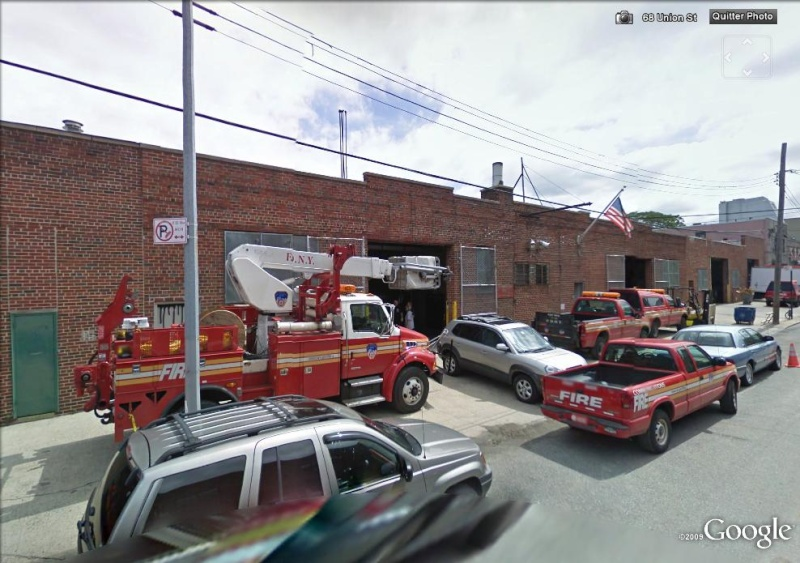 STREET VIEW : les camions de pompiers  - Page 2 Pompie11