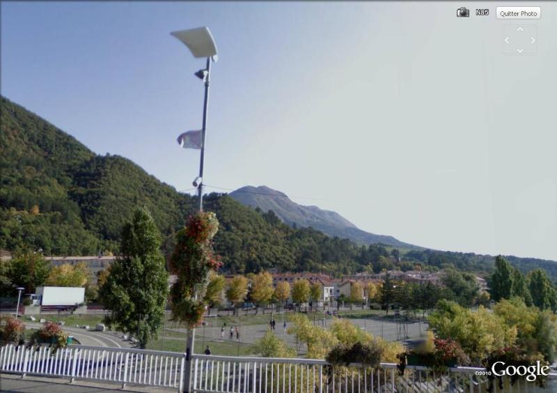 STREETVIEW : Un petit air de Tibet à Digne les Bains Pont10