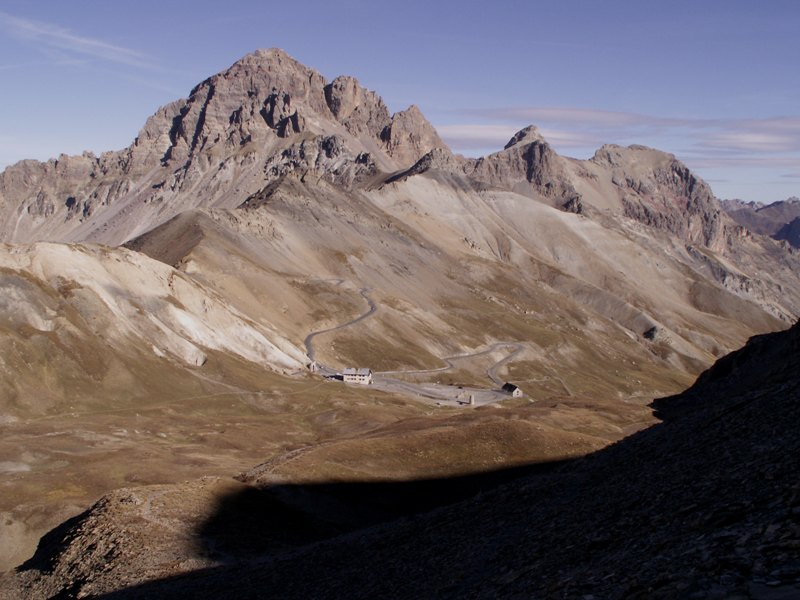 La Route des Grandes Alpes - Page 14 Tunnel10