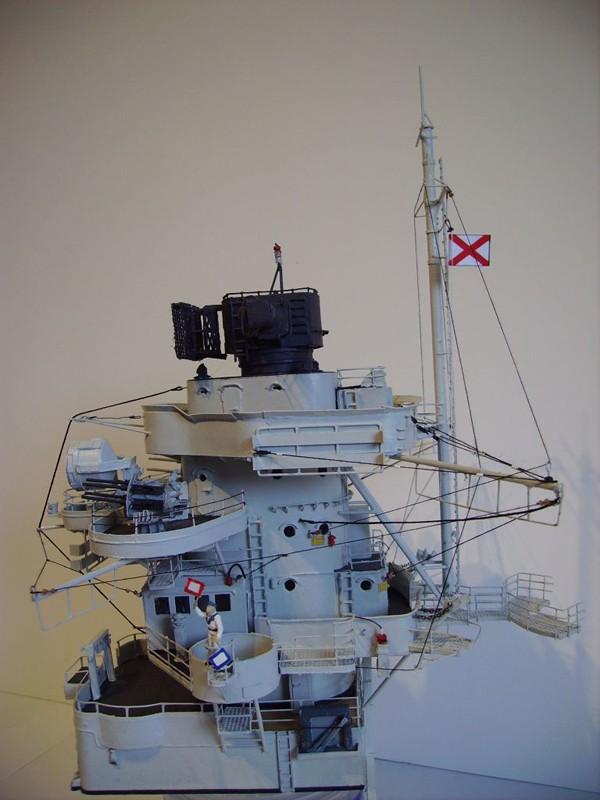 Vergrößerte Bismarck-Teile, gebaut von Gustibastler Pict5910