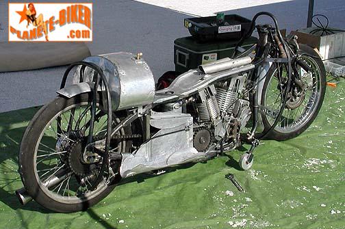 la moto a Burt Munro 1000_i10