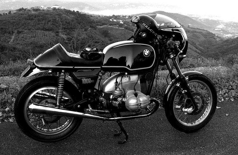 C'est ici qu'on met les bien molles....BMW Café Racer - Page 4 0010