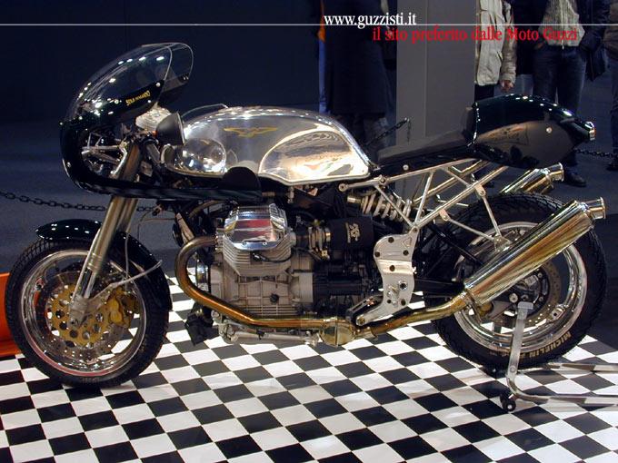 Guzzi... juste l'essentiel des Café Racer - Page 3 1100st10