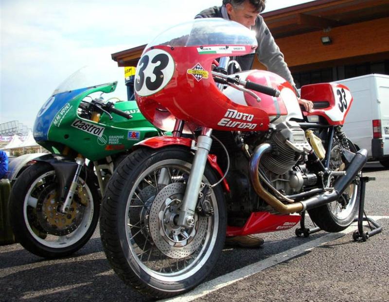 Guzzi... juste l'essentiel des Café Racer - Page 2 33_510