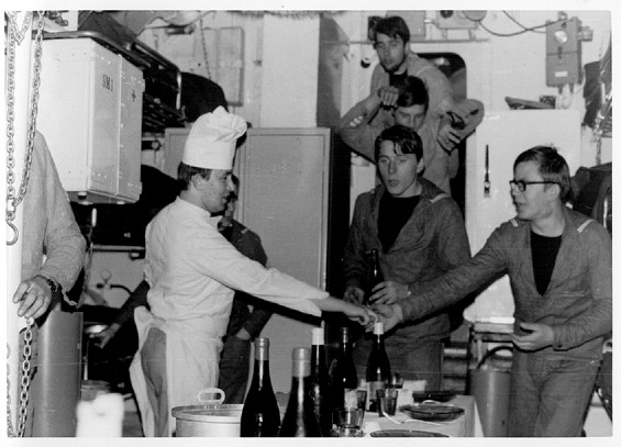 PSYCHE, remontée de l'Elbe vers HAMBOURG (1970) Psynoe21