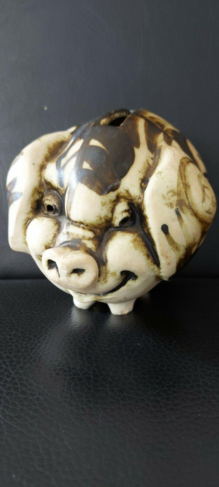 Chelsea pottery piggy bank? Pig10