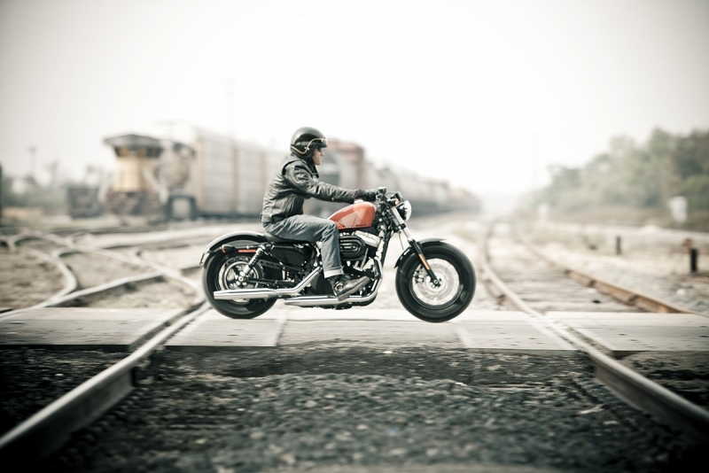 NOUVELLE HARLEY FORTY EIGHT !!! waaouuuwwwww !!! Nouvea10
