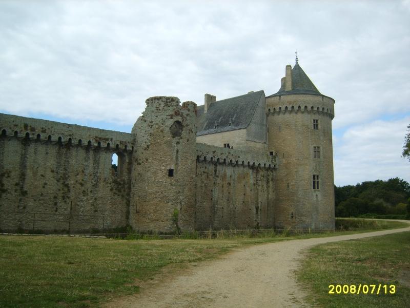 citadelles, donjons, murailles et chateaux forts Chatea11