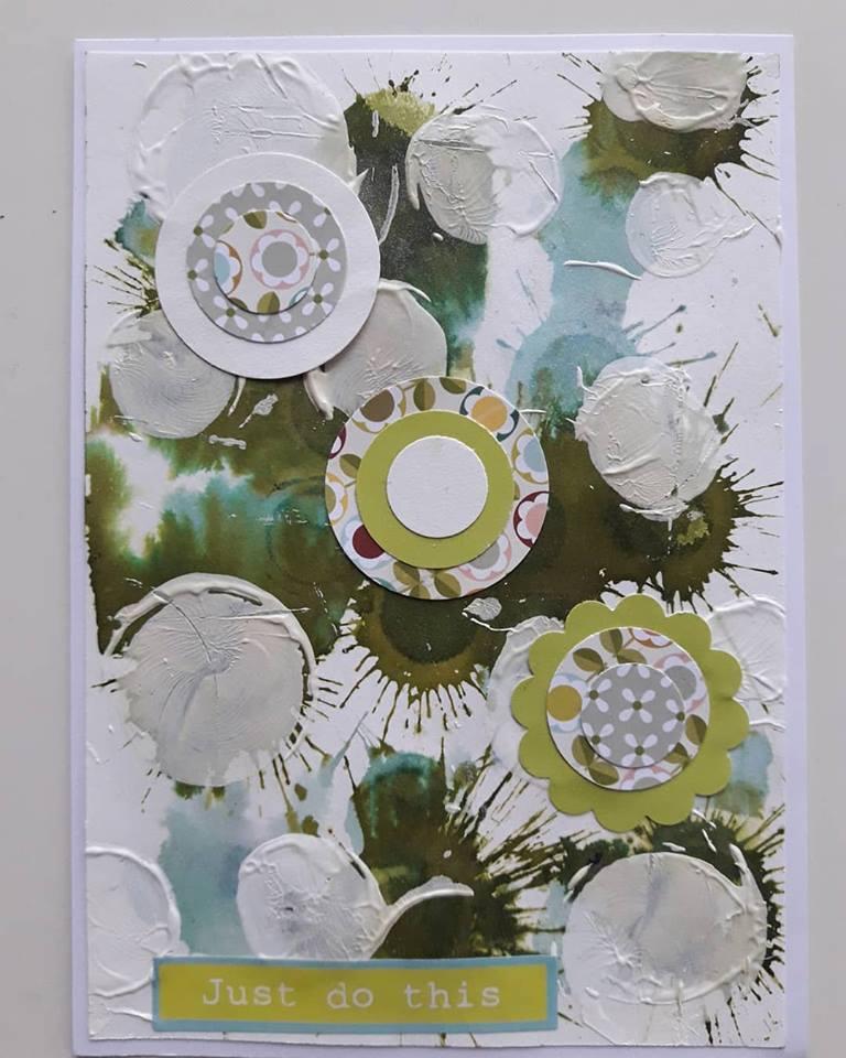 Des couleurs et une/des fleur(s) en mars avec Yolande - Page 2 03_19_10
