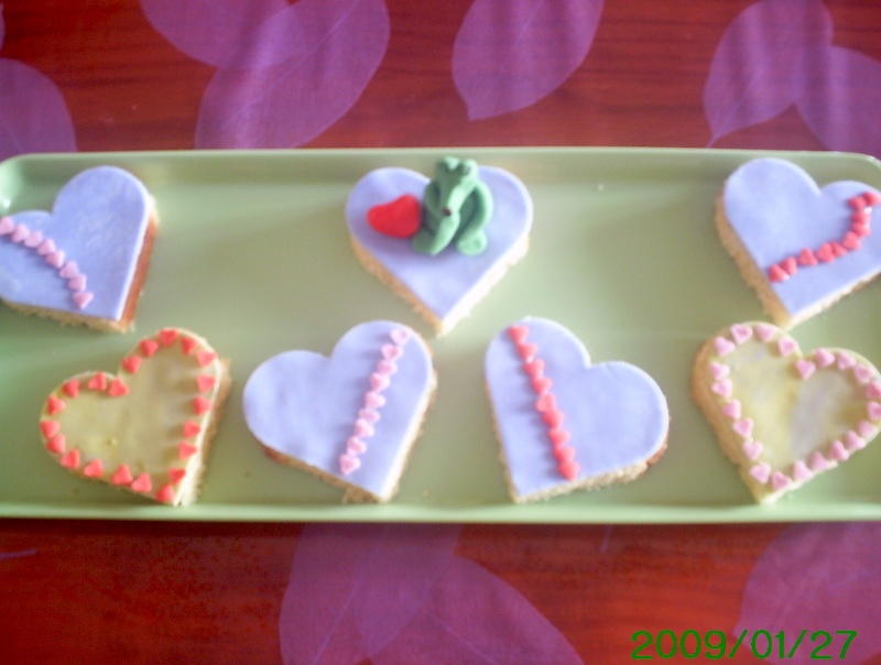 Biscuits, macarons, muffins et cupcakes de Saint Valentin Coeurb11
