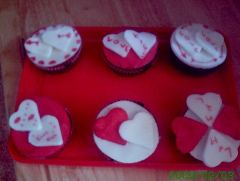 Biscuits, macarons, muffins et cupcakes de Saint Valentin Couerc11