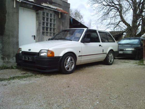 mon xr3 et mon van P0611010