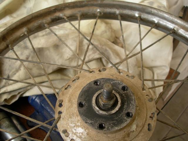 Restauración Ducati TT 1ª Serie - Página 3 Dscn1321