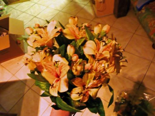 confection d'un bouquet de mariée P1020511