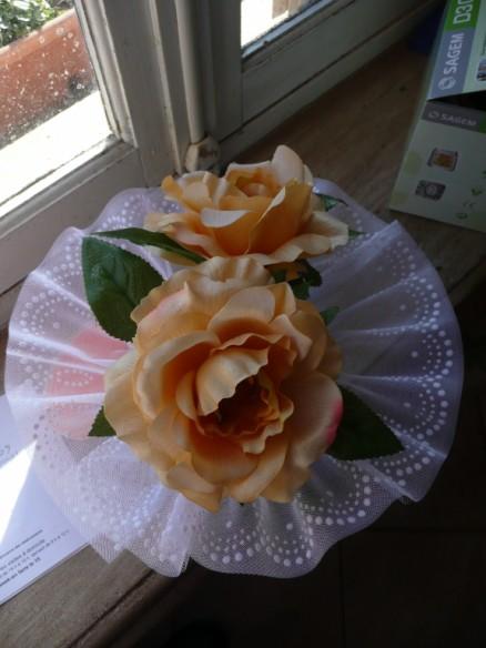 confection d'un bouquet de mariée P1020513