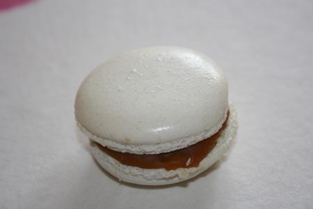 Macaron au caramel beurre salé Macaro18