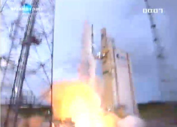 Ariane 5 ECA V195 : Arabsat 5A + COMS 1 (26/06/2010) - Page 11 Capt_194