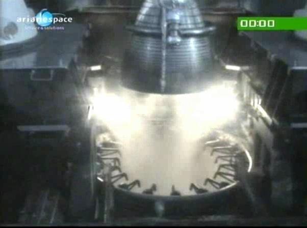 Ariane 5 V199 (Hispasat-1E + Koreasat 6) - 28.12.2010 - Page 3 Vlcsn116