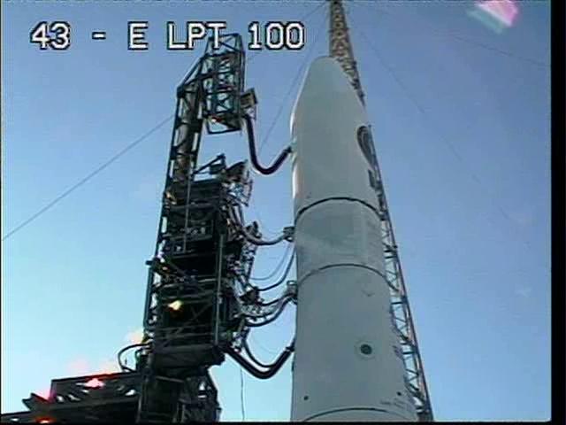 Delta IV  NROL-27 lancement le 11 mars 2011 Vlcsn142