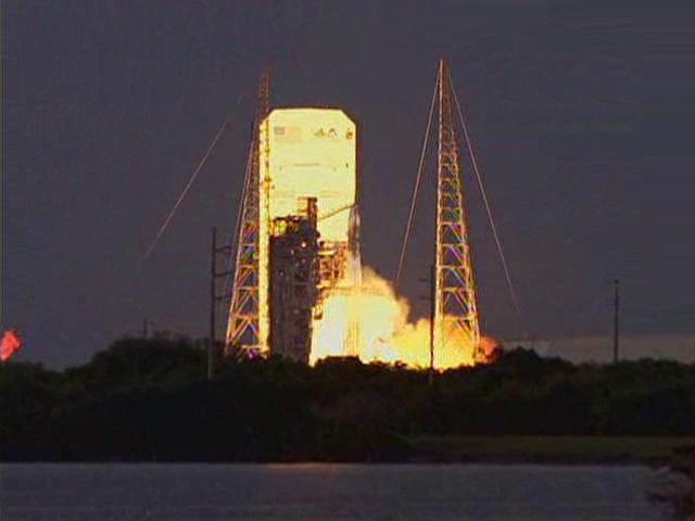 Delta IV  NROL-27 lancement le 11 mars 2011 - Page 2 Vlcsn147