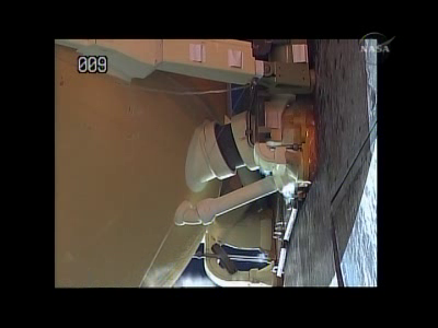 [STS-132] Atlantis : fil dédié au lancement. (14/05/2010 à 20h19) - Page 4 Vlcsn151