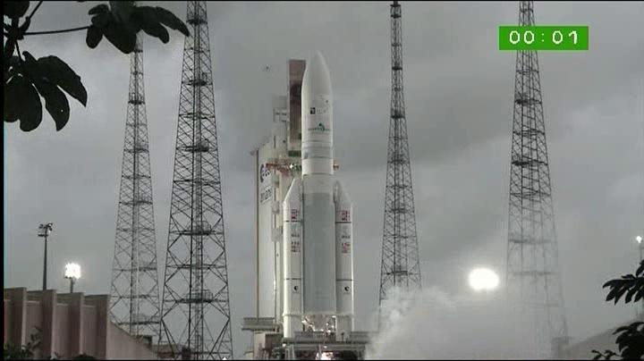 Ariane 5 ECA VA201 (YahSat 1A + New Dawn) - 22.4.2011 - Page 3 Vlcsn157