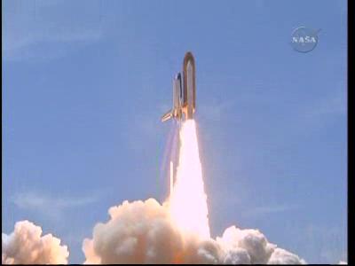 [STS-132] Atlantis : fil dédié au lancement. (14/05/2010 à 20h19) - Page 12 Vlcsn185
