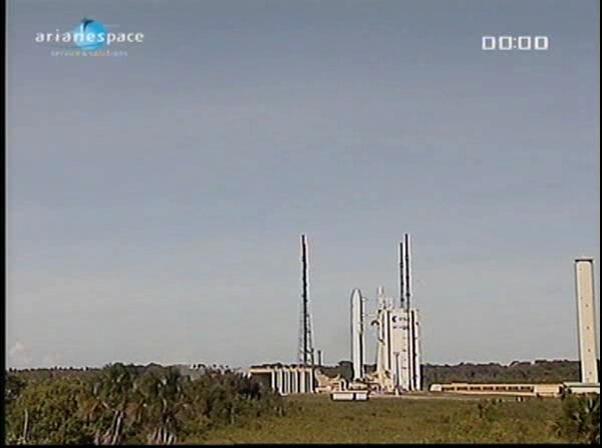 Ariane 5 ECA V198 / Hylas 1 + Intelsat 17 (26/11/2010) - Page 2 Vlcsn422