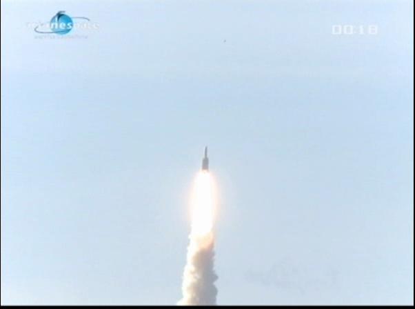 Ariane 5 ECA V198 / Hylas 1 + Intelsat 17 (26/11/2010) - Page 2 Vlcsn424