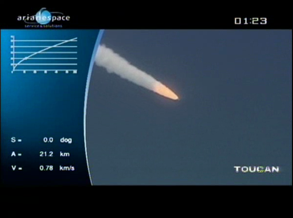 Ariane 5 ECA V198 / Hylas 1 + Intelsat 17 (26/11/2010) - Page 2 Vlcsn431
