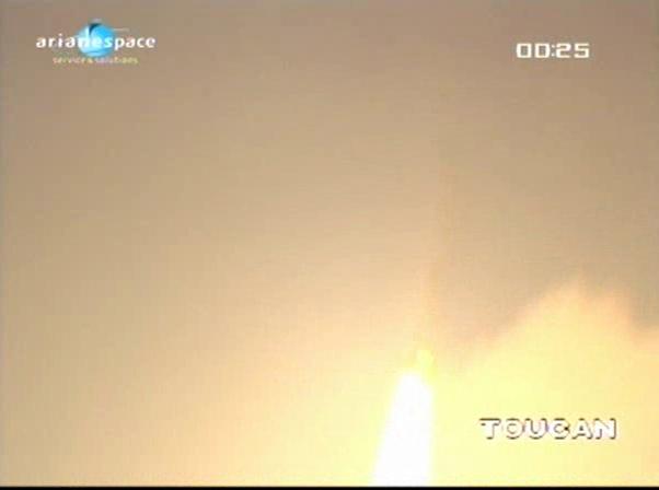 Ariane 5 V199 (Hispasat-1E + Koreasat 6) - 28.12.2010 - Page 3 Vlcsn517