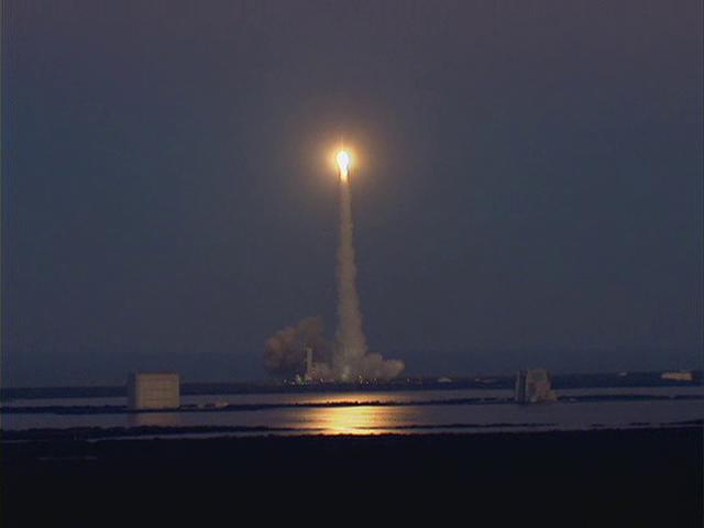 Delta IV  NROL-27 lancement le 11 mars 2011 - Page 2 Vlcsn568