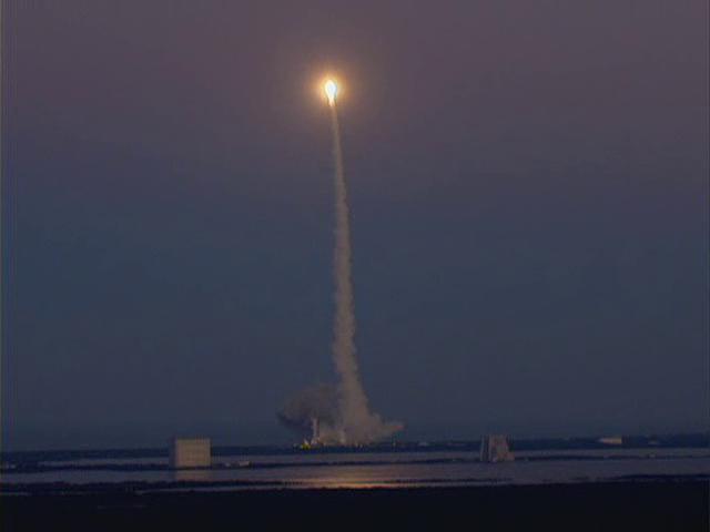 Delta IV  NROL-27 lancement le 11 mars 2011 - Page 2 Vlcsn569