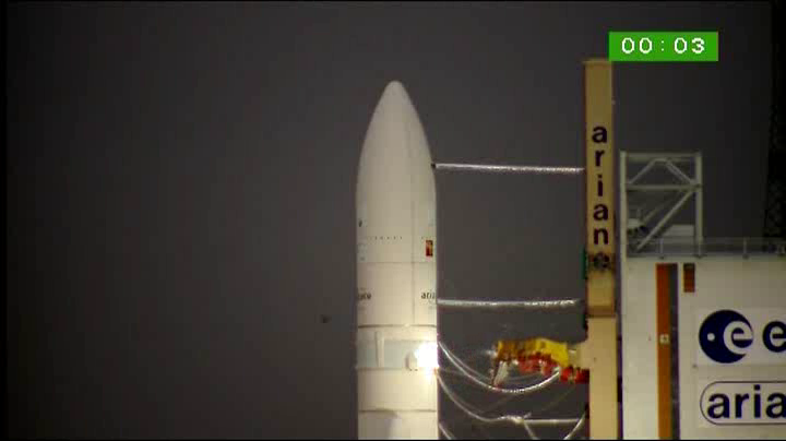 Ariane 5 ECA VA201 (YahSat 1A + New Dawn) - 22.4.2011 - Page 3 Vlcsn586