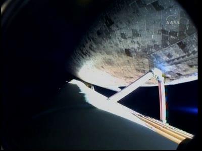 [STS-131 /ISS19A] Discovery fil dédié au lancement (05/04/2010) - Page 18 Vlcsna83
