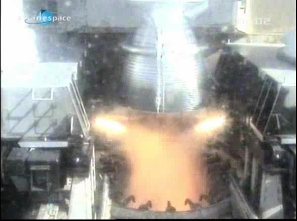 Ariane 5 ECA V198 / Hylas 1 + Intelsat 17 (26/11/2010) - Page 2 Vlcsna87
