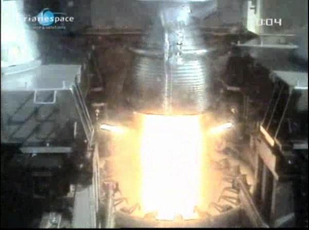 Ariane 5 ECA V198 / Hylas 1 + Intelsat 17 (26/11/2010) - Page 2 Vlcsna88