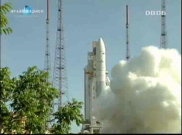 Ariane 5 ECA V198 / Hylas 1 + Intelsat 17 (26/11/2010) - Page 2 Vlcsna89