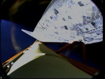 [STS-131 /ISS19A] Discovery fil dédié au lancement (05/04/2010) - Page 18 Vlcsna89