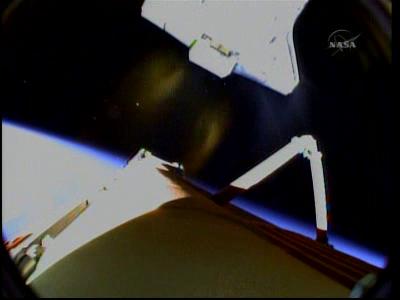 [STS-131 /ISS19A] Discovery fil dédié au lancement (05/04/2010) - Page 18 Vlcsna96