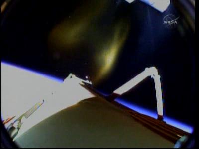 [STS-131 /ISS19A] Discovery fil dédié au lancement (05/04/2010) - Page 18 Vlcsna97