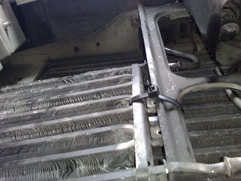 Montage d'un radiateur de boite automatique Photo714