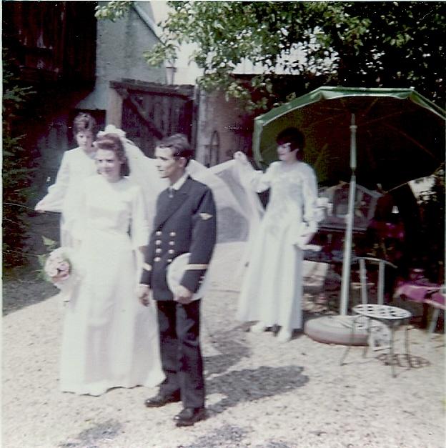 [Les traditions dans la Marine] Mariage en tenue Numar112