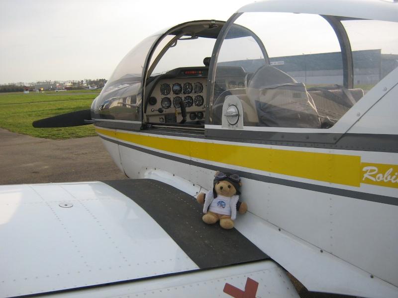 Les vols de la mascotte - Page 4 Img_0014