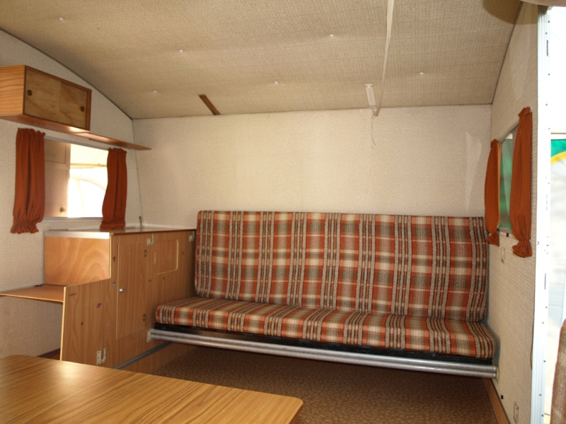 Vends caravane record-matic 1982 P2270512