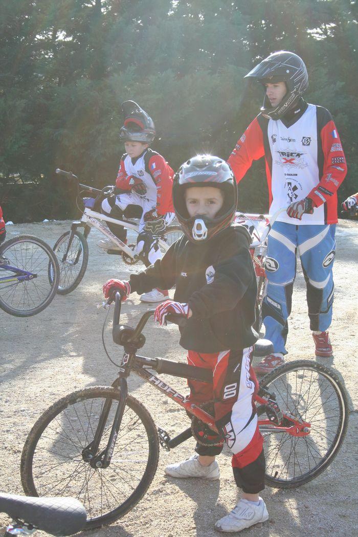 BMX : Championnat départemantal à Vitrolles Img_8110