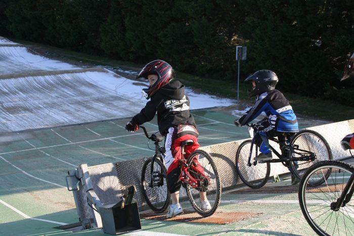 BMX : Championnat départemantal à Vitrolles Img_8112