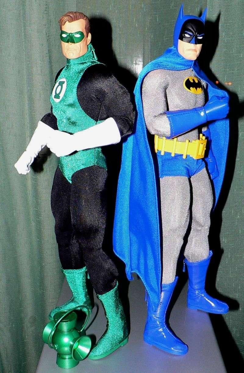 DC DIRECT: GREEN LANTERN & BATMAN + ICONS: SILVER SURFER P1090411