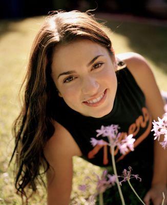 Nikki Reed bio Normal10